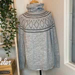 Old navy tutle neck gray sweater